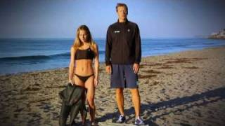 How-to-Put-On-Your-Triathlon-Wetsuit-by-XTERRA-WETSUITS